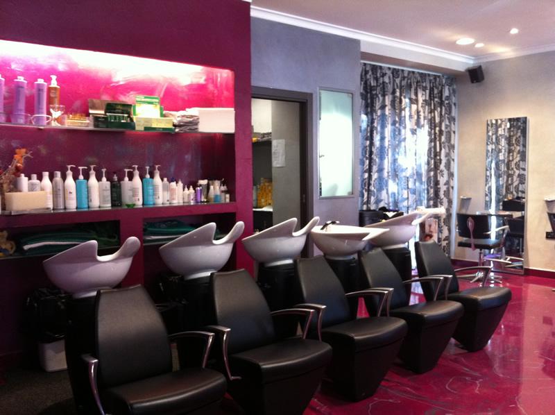 Parrucchiere tor vergata centri benessere for Immagini saloni